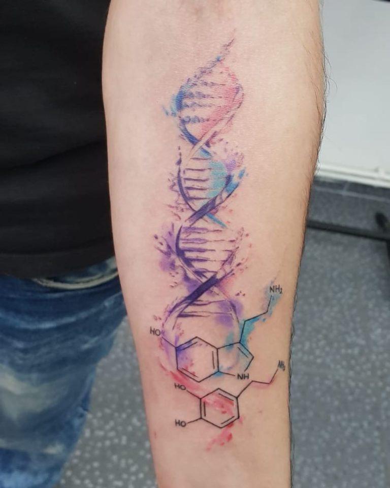 salon tatuaje funky tattoo bucuresti tatuaj mama watercolor