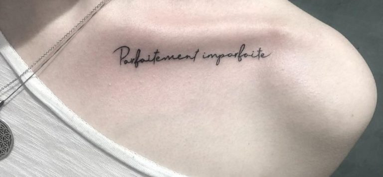 salon tatuaje funky tattoo bucuresti tatuaj scris tatuaj clavicula fete