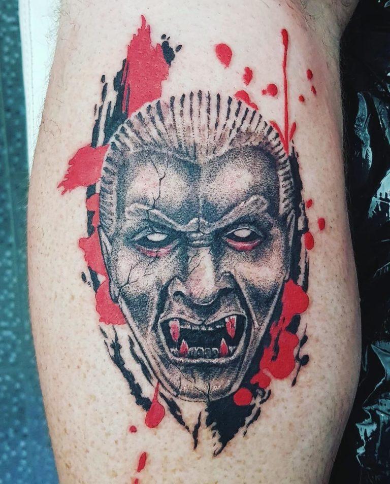 tatuaj color tatuaj masca Salon tatuaje si piercing Funky tattoo bucuresti