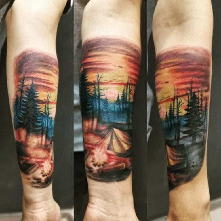 tatuaj color tatuaj mana Salon tatuaje si piercing Funky tattoo bucuresti