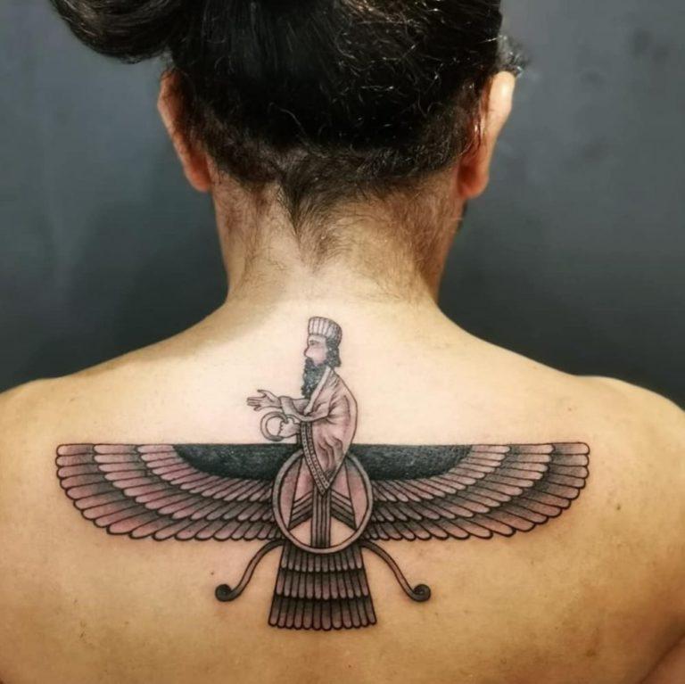 salon tatuaje funky tattoo bucuresti tatuaj spate tatuaj barbati tauaj persan