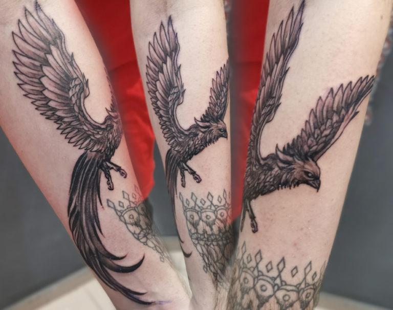 tatuaj baieti barbati mana pheonix salon tatuaje si piercing Funky tattoo Bucuresti