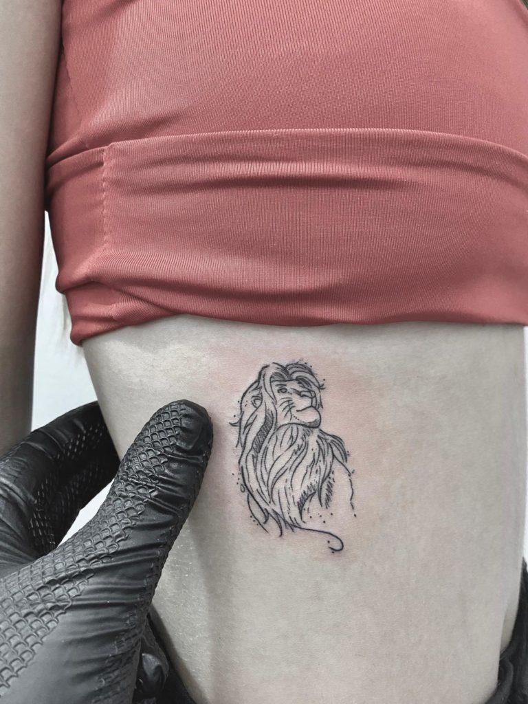 tatuaj coaste leu salon tatuaje si piercing Funky tattoo Bucuresti