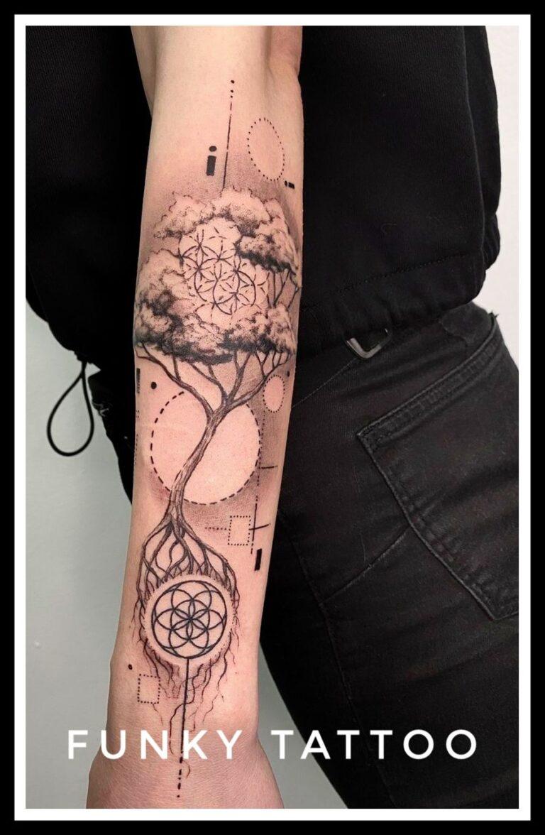 tatuaj fete mana alb negru copacul vietii cercuri puncte salon tatuaje si piercing Funky tattoo Bucuresti