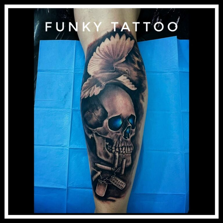 tatuaj realistic craniu porumbel tatuaj color tatuaj picior tatuaj baieti saloane de tatuaj si piercing in bucuresti