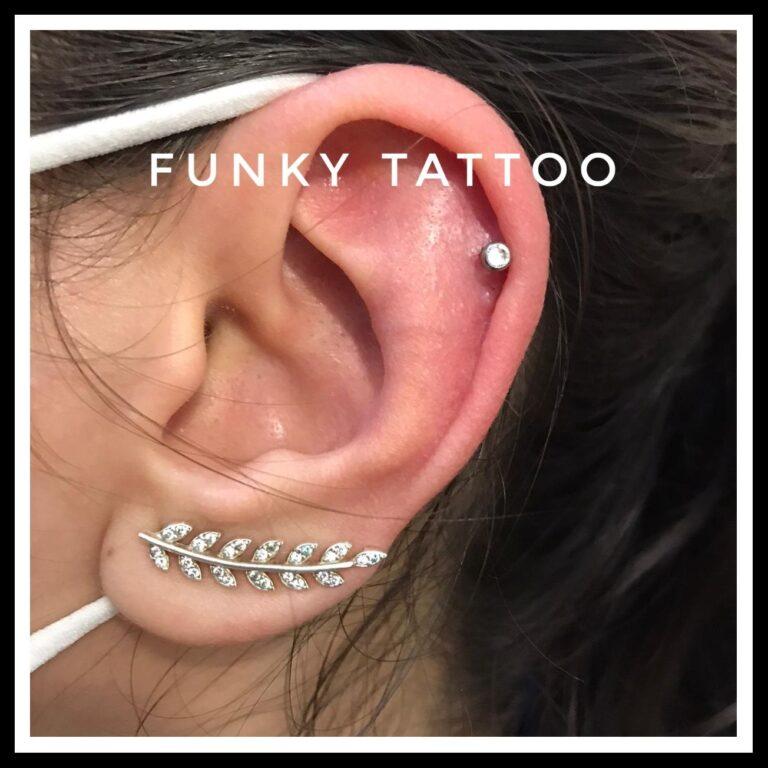 piercing ureche cartilaj salon tatuaje si piercing Funky tattoo Bucuresti