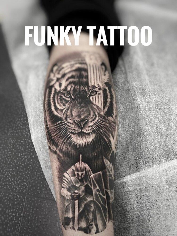 Tatuaj tigru pe mana arm tattoo tiger tatuaj barbati men funky tattoo bucuresti salon tatuaj saloane tatuaje